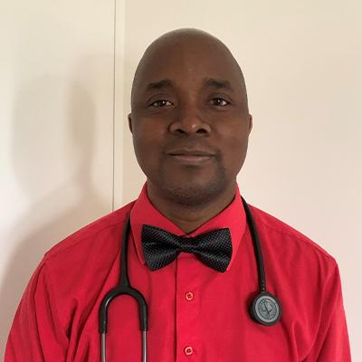 Dr. Stephen médecin de famille Le Moulin Microcrédits